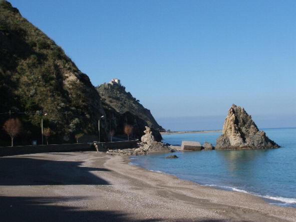 Sicilia-capo d'orlando- casa vacanza  con panorama mozzafiato