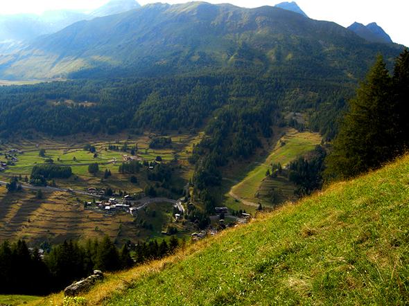 comodo trilocale vista Monte Rosa chiacciaio a Champoluc