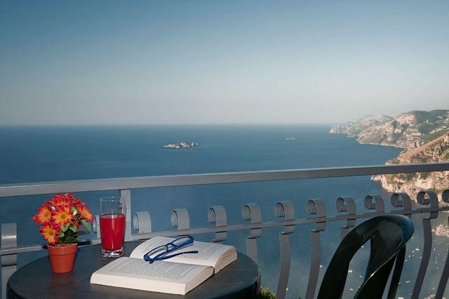 bb positano 70,00 a camera doppia con balcone vista mare,  prima colazione