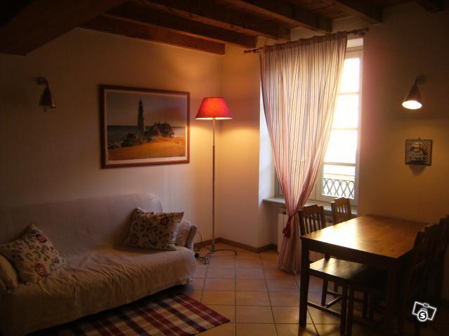 Appartamento vacanze casa andrea nel centro storico di for Case in affitto in provincia di bergamo